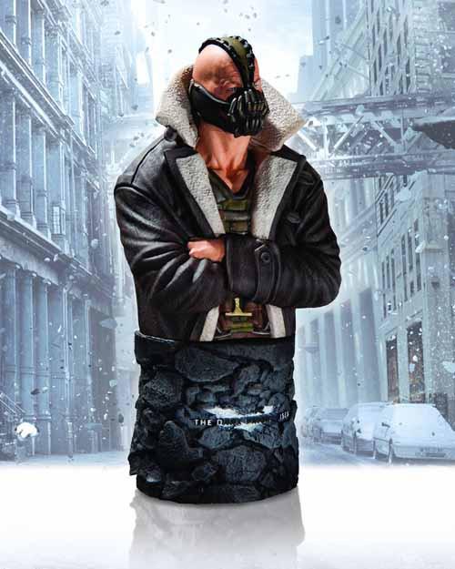 Dark Knight Rises Bane Winter Battle Bust -- DC Comics -- FEB130263
