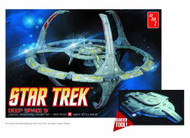 Star Trek Deep Space 9 1/3300 Scale Model Kit -- JAN131755