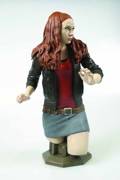 Doctor Who Amy Pond Maxi Bust -- Titan -- JAN131804