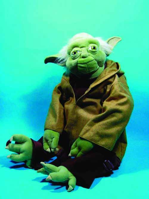 Star Wars Yoda Back Buddy -- JUN122146