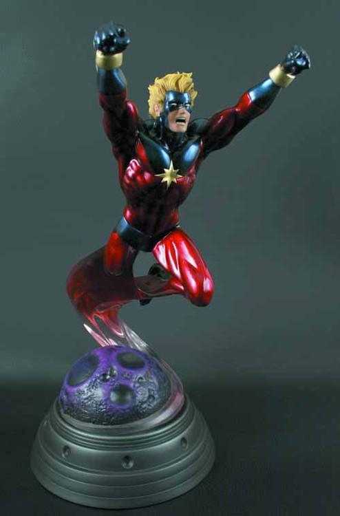 Captain Marvel Statue -- Kree Bowen Designs -- MAR121667