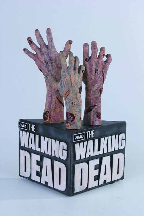 Walking Dead TV Bookend -- Robert Kirkman Gentle Giant -- MAR131996