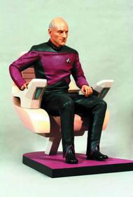 Star Trek Next Gen Captain Picard In Chair 1/6 Statue -- FEB131671