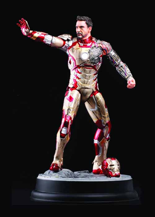 Iron Man 3 MkXLII Battle-Damaged Armor Action Hero Vignette -- NOV132155