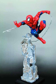 Amazing Spider-Man Unleashed Fine Art Statue -- APR121800