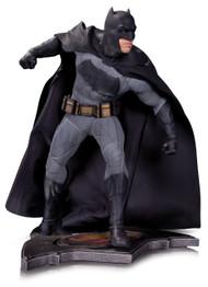 Batman V Superman Dawn Of Justice Batman Statue Dark Knight -- AUG150303
