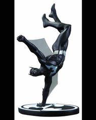 Batman Black And White Batman Beyond Statue -- AUG120312