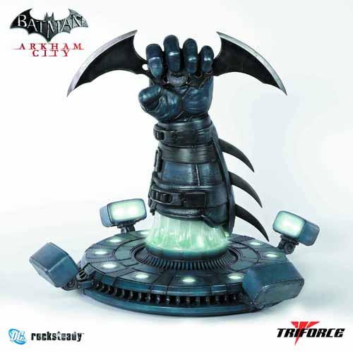 Batman Arkham City Batarang Full-Size Replica -- AUG121846