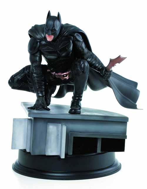 Dark Knight Rises Batman 1/9 Scale Action Hero Vignette -- AUG121913