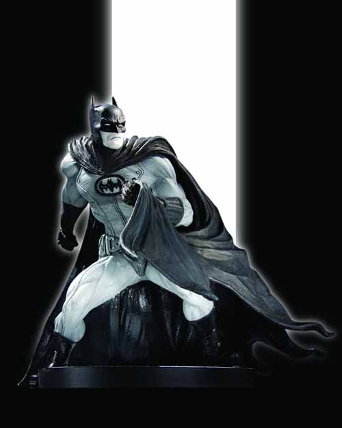 Batman Black And White Statue David Finch DC Direct -- DEC100325