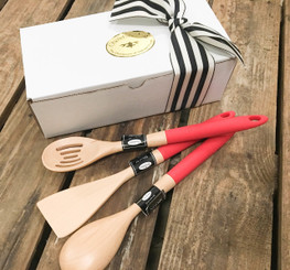 Brownlow Wood & Silicone Kitchen Utensil Set In Red
