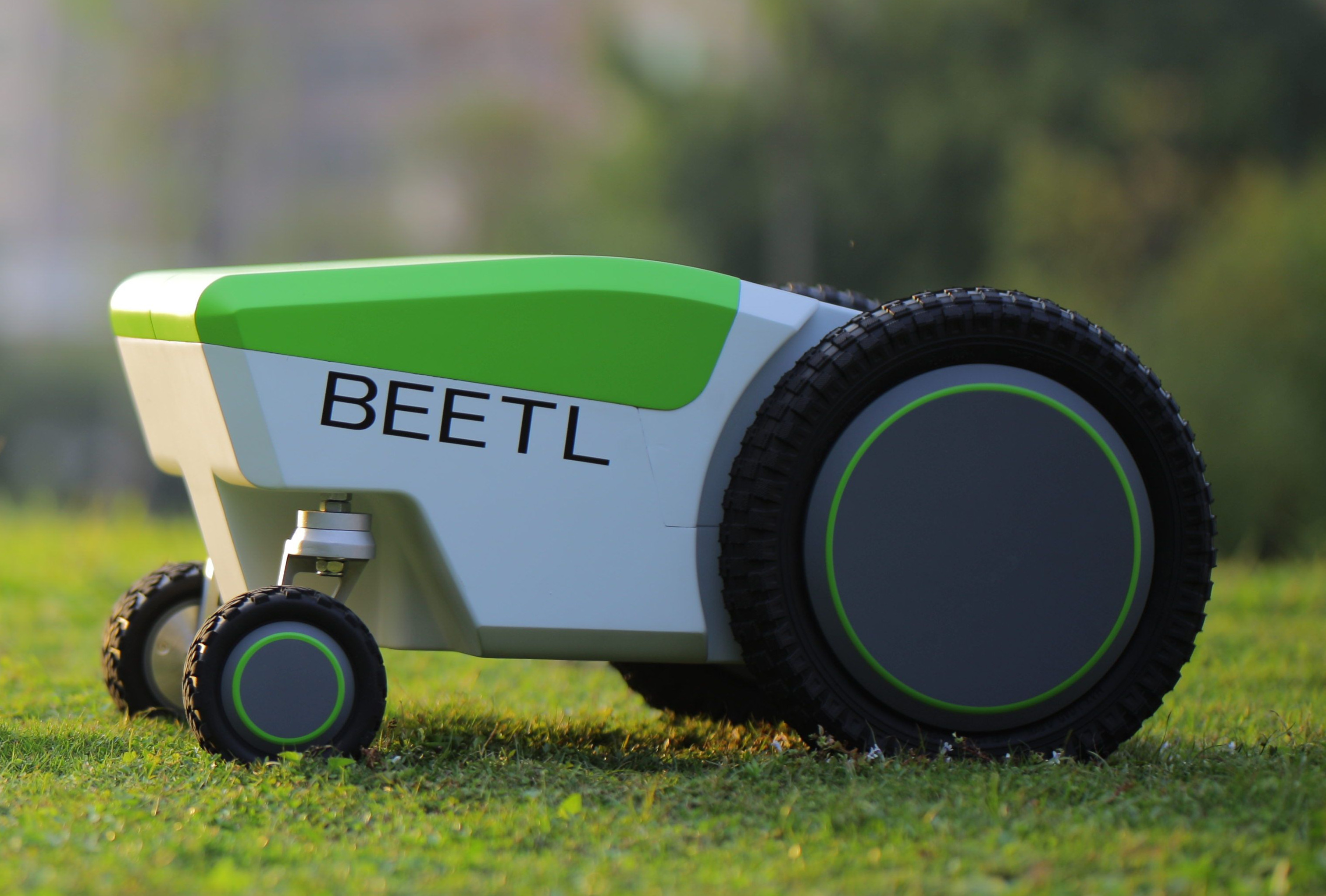 Beetl Autonomous Robot From CES