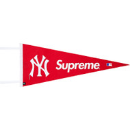 Supreme / Yankees Pennant Red