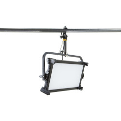 Kino Flo Celeb 201 DMX LED Light (Yoke Mount)
