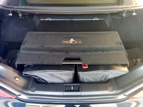 Mercedes benz sl luggage bags r231 2012 roadtrip for Mercedes benz backpack
