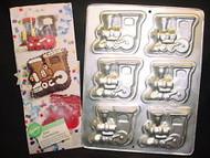 CAKE PAN MINI LOCOMOTIVES 6 CAVITIES