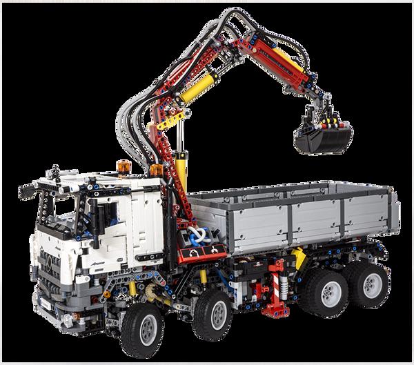 Review - LEGO Technic 42043 Mercedes-Benz Arocs 3245
