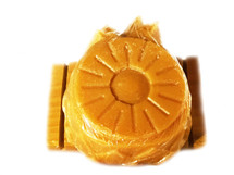 PINEAPPLE UPSIDE DOWN SOAP:  It looks and smells good enough to eat--but DON'T!  It smells just like the cake mom used to make.  The fresh pineapple smell will leave you smelling oh so sweet.  Gift one to a child so they can have that same sweet feeling.  Ingredients:  This soap is made from a three-butter (shea, mango, and cocoa) soap melts which is made from (Sodium Cocoate, Propylene Glycol , Sodium Stearate, Glycerin, Water, Sorbitol, Butyrospermum Parkii (Shea) Seed Butter, Mangifera Indica (Mango) Seed Butter, Theobroma Cacao (Cocoa) Seed Butter, Titanium Dioxide.)  In crafting this soap, we added organic unrefined coconut oil, fragrance and essential oils, buttermilk powder, and tumeric powder.  Size:  7 oz.  Packaging:  It comes packaged in an organza bag.  FOR EXTERNAL USE ONLY.  Monitor use with small children.  Also see more novelty bars.  A soap dishes may be purchased separately in Bath Accessories.