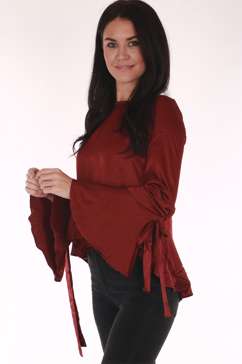 side shows bell sleeve with tie detail