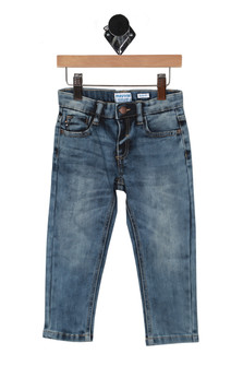 front shows tapered leg with snap closure and 3 pocket front. Jean is light faded blue