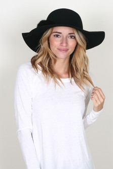 Floppy Hat w/ Faux Fur Pompom