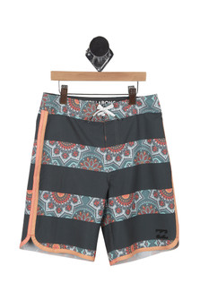 PlatinumX Summer Boardshorts (Big Kid)