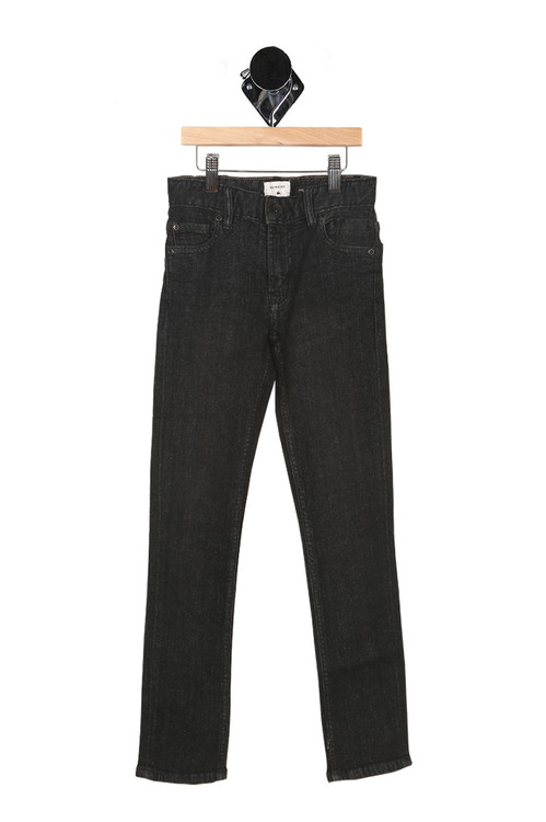 front features zipper & button closure with side pockets and slim cut fit in a washed black denim color.