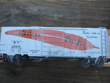 "Weaver WP ""Rides like a feather"" 40' PS-1 box car, 3 rail or 2 rail"