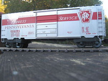 Weaver PRR Express Service 40' PS-1 box car, 3 rail or 2 rail