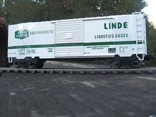 Weaver Linde 40' PS-1 box car, 3 rail or 2 rail