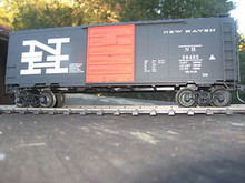 Weaver New Haven (Black) 40' PS-1 box car, 3 rail or 2 rail