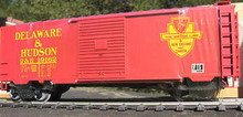Weaver Delaware & Hudson 40' PS-1 box car, 3 rail or 2 rail