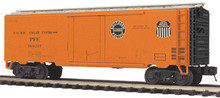 MTH Pacific Fruit Express 40' Plug Door Reefer, 3 rail