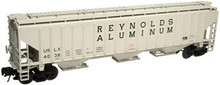 Atlas O Reynolds Aluminum PS4750 3 bay covered hopper..