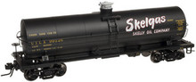 Atlas O Skelly Oil Co. 11K  tank car, 3 or 2 rail