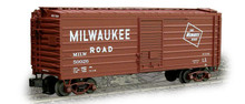 Weaver MILW ribbed side box car, classic tuscan w logo