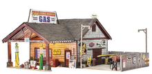 Woodland Scenics O gauge Ethyl Gas and Service Station..super detailed