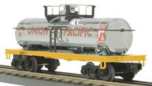 MTH Railking UP diesel fuel  Tank Car, 3 rail