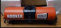 Weaver Hooker Chemical  (classic scheme) 40' tank car, 3 rail or 2 rail