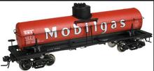 Atlas O Mobilgas (early scheme) 8000 gallon tank car