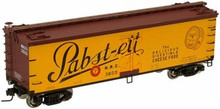 Atlas O Pabst-ett (black letters) 40' wood reefer, 3 rail or 2 rail  car