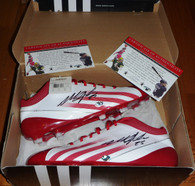 WISCONSIN BADGERS SD CHARGERS MELVIN GORDON 25 SIGNED ADIDAS FOOTBALL CLEATS COA