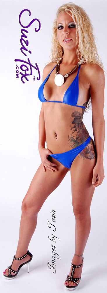 Teardrop String Bikini Top shown in Royal Blue Wet Look lycra Spandex, custom made by Suzi Fox. • One Size. 3 inches (7.6 cm) wide at widest point, 7 inches (17.8 cm) tall. • Available in black, white, red, turquoise, navy blue, royal blue, hot pink, lime green, green, yellow, steel gray, neon orange Wet Look, and any fabric on this site. • Thong sold separately (Item#: B4-1030). • Made in the U.S.A. • Photo by Images by Tasia