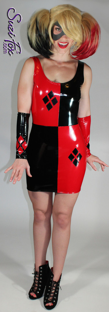Harley Quinn Fingerless Gloves/Armguards shown in Black & Red Gloss Vinyl/PVC by Suzi Fox. Give us your bicep and wrist measurements for a perfect fit!  Diamonds on each glove. Popular fabrics are: red & black vinyl/PVC, red & black metallic foil, red & black wet look lycra Spandex. Made in the U.S.A.