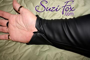 Optional wrist zippers.