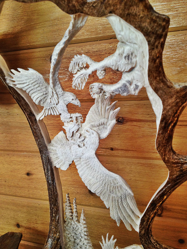 Fighting Eagles w/Eagle Head Antler Carving w/Base