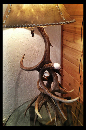 Mule Deer 4 Antler Table Lamp w/ Rawhide Shade