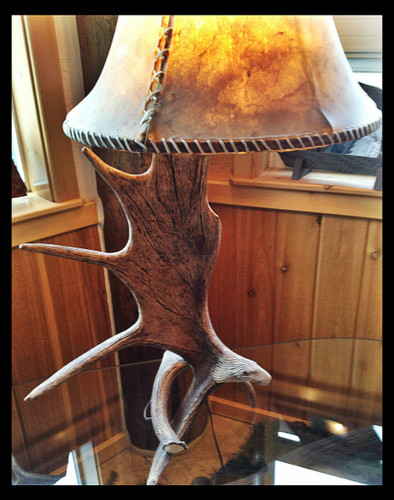 ... Moose Antler Table Lamp W/Carved Eagle Head, Rawhide Shade ...