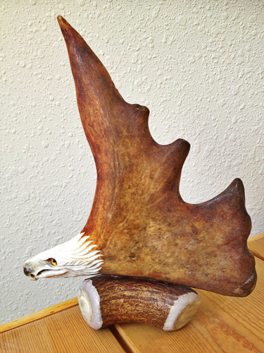 The Eagle Antler Carving