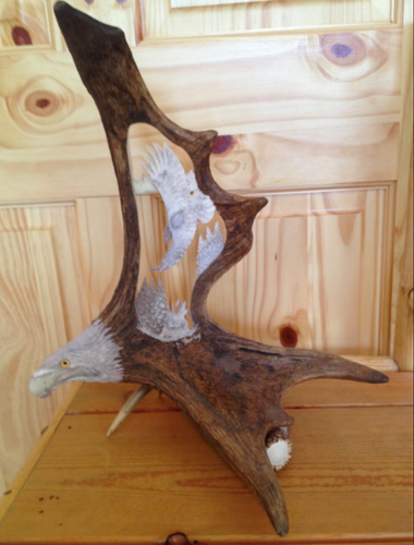 The Banking Eagle Antler Carving